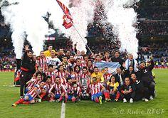 El Atlético de Madrid celebra el triunfo en la final de Copa