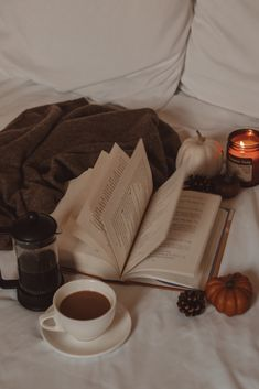 """A Book Review of YA Novel """"Early Departures"""" 