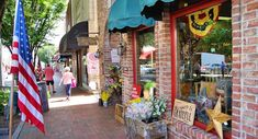 Waynesville Downtown Shopping Weekend Trips, Day Trip, Waynesville North Carolina, Western North Carolina, Asheville, Main Street, Things To Do, Beautiful Places, Tennessee