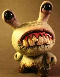 Little Monster with a Big Smile Ceramic Monsters, Clay Monsters, Little Monsters, Monster Dolls, Monster Art, Monster Squad, Art Jouet, 3d Figures, Paperclay