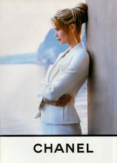 hair Chanel   Spring 1993: styleregistry