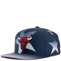 cef733e285c Buy Mitchell  amp  Ness Chicago Bulls Men s Black online. Find more  snapbacks