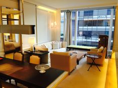 World 2015 hotels opening: a one-bedroom pied-à-terre in the heart of Manhattan, the Prestige Suite enchants guests with its welcoming blend of old and new, Paris and New York, as well as Baccarat's signature attention to detail. http://hotels-search.consolidator.travel/Hotel/Baccarat_Hotel_and_Residences_New_York.htm #baccarathotel #manhattan #newyorkhotel