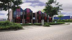 Salland Storage  zijn gespecialiseerd in het opslaan van uw inboedel in Deventer en Twello. Hoewel wij scherp zijn geprijsd, staan uw spullen bij ons veiliger dan thuis!  Ook bieden wij ruimte te huur in Deventer en Twello voor andere goederen, zoals auto's, caravanstalling, motorstalling, boten en Goedkope Opslagruimte Huren Deventer Arnhem Apeldoorn .