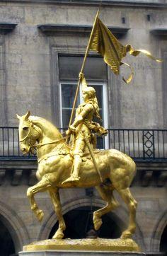 Joan of Arc, Place des Pyramides, Paris, France. Photo by Amber Maitrejean