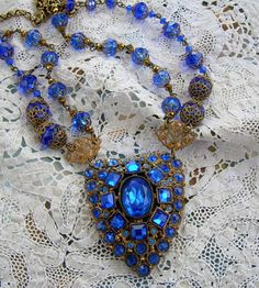 LOVE IS BLUE - gorgeous necklace - again, very vintage looking.