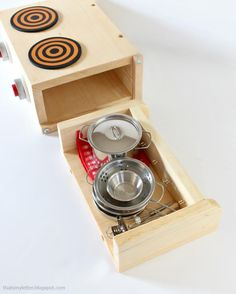 Tabletop Play Kitchen (Knock-Off Wood)