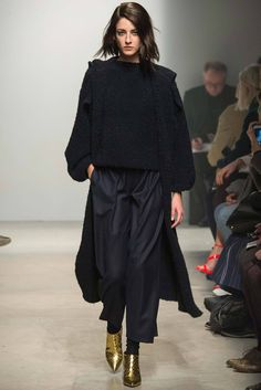 Maison Rabih Kayrouz Fall 2014 Ready-to-Wear - Collection - Gallery - Style.com