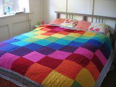 rainbow sampler blanket (no pattern - inspiration only) Crochet Quilt, Crochet Home, Knit Crochet, Knitting Projects, Crochet Projects, Knitting Patterns, Knitted Afghans, Knitted Blankets, Homemade Quilts