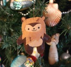 Felt Wicket the Ewok Pocket Plush Toy by nuffnufftoys on Etsy ...