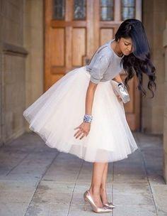 skirt blouse ballerina skirt white gray top white and gray silver bracelet formal outfits cute tulle skirt tutu skirt Look Fashion, Fashion Beauty, Womens Fashion, Skirt Fashion, Luxury Fashion, Fashion Dresses, Fashion Spring, Street Fashion, Runway Fashion