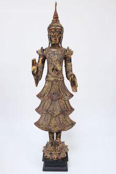 grosse holz buddha figur mit lehrender geste die buddha statue ist sehr besonders da