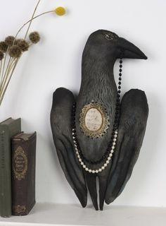 Radcliffe Raven - textile art by Pantovola