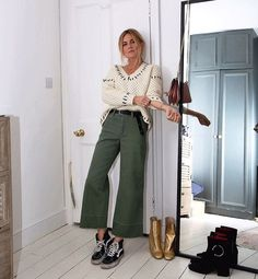 "1,475 Likes, 27 Comments - Lucy Williams | Fashion Me Now (@lucywilliams02) on Instagram: ""Standing in for my yet-to-be-purchased house plants khaki goodness from @ukgap #GapPreviews #sp"""