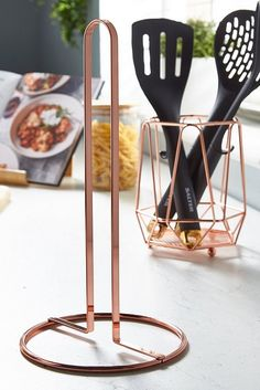 Image for Copper Kitchen Roll Holder from studio Copper Tray, Copper Lamps, Copper Kitchen Accessories, Table Accessories, Copper Rose, Copper Color, Kitchen Roll Holder, Kitchenware, Tableware
