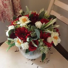 An arrangement of red and ivory flowers Glass Fish Bowl, Artificial Wedding Bouquets, Gerbera, Red Roses, Flower Arrangements, Floral Wreath, Ivory, Flowers, Pictures