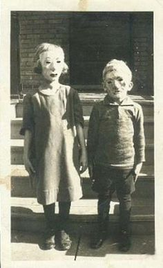 I don't care what other people think, in my opinion, basic vintage homemade costumes will always be creepier than current store bought!