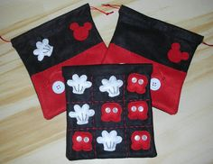 Atelier All A Little: Mickey's Tic Tac Toe.- - Cotton fabric draw-string bag and, inside, a set of hand stitched felt hands and pants! Fiesta Mickey Mouse, Mickey Party, Mickey Mouse Birthday, Mickey Minnie Mouse, Diy Gifts For Kids, Diy For Kids, Crafts For Kids, Disney Diy, Disney Crafts