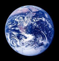 """La Tierra es de nuestros hijos... ➜ """"Todo lo que le ocurra a la tierra, le ocurrirá a los hijos de la tierra"""" (Seattle, jefe Indio) #ecología #ecoeficiencia"""