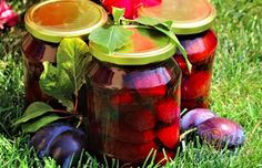 Plum compote - 100 year old recipe from grandma NejRecept. Thing 1, Old Recipes, Preserves, Pickles, Cucumber, Watermelon, Mason Jars, Vegetables