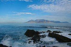로벤섬에서 바라본 케이프타운 Africa Continent, Travel Flights, Cheap Flight Tickets, Flight Deals, Newcastle, Cape Town, Continents, South Africa, Island