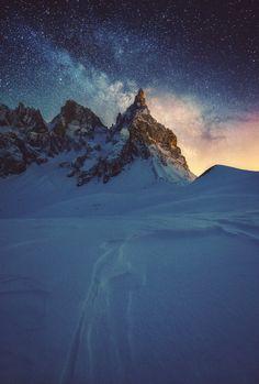 "sitoutside: "" Milky Way rising by Nicholas Roemmelt """