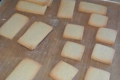 Biscuits that don't spread - for decorating or for intricate cookie cutters