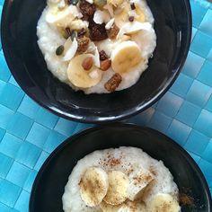 "Georgina Korrison on Instagram: ""Rice flake porridge by @deliciousalchemy topped with banana and cinnamon // honey and @drgayesuper Super-Spoonful.  #drgaye #glutenfree #dairyfree #superspoonful #breakfast #healthy"" Rice Flakes, Honey And Cinnamon, Breakfast Healthy, Glutenfree, Dairy Free, Oatmeal, Banana, Pictures, Instagram"