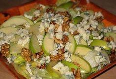 Zöldalmás-diós saláta kéksajttal recept képpel. Hozzávalók és az elkészítés részletes leírása. A zöldalmás-diós saláta kéksajttal elkészítési ideje: 15 perc