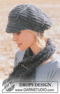 """Gehaakte DROPS pet van """"Eskimo"""" met een kleine sjaal van """"Puddel"""". Maat One-size. ~ DROPS Design"""