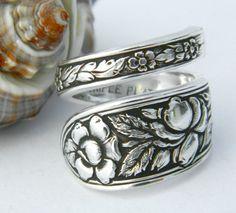 Antique Silver Spoon Ring, Silverware Jewelry, Met Rose by CaliforniaSpoonRings on Etsy Silver Spoon Jewelry, Fork Jewelry, Silverware Jewelry, Silver Spoons, Jewellery Earrings, Jewellery Shops, Temple Jewellery, Jewellery Box, Silver Rings