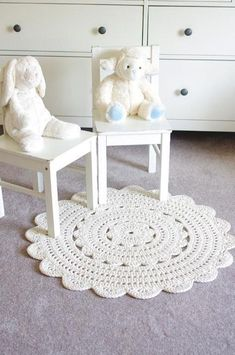 Ravelry: Alicia Doily Rug ~ pattern by Henna HuczkowskiRevive Any Room With 7 Quick Crochet Rug PatternsCrochet Rug Patterns for a Handmade Home A crochet rug pattern might be exactly what you need to brighten it up. Crochet Doily Rug, Crochet Rug Patterns, Crochet Carpet, Crochet Diy, Quick Crochet, Crochet Home Decor, Crochet Hooks, Tapete Doily, Crochet Projects