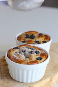 Breakfast tarts with banana and blueberries low carbohydrate – ENJOY! The Good Life Cheap Clean Eating, Clean Eating Snacks, Nutritious Snacks, Healthy Snacks, Lunch Snacks, Enjoy Your Meal, Healthy Recepies, Healthy Baking, Gourmet Recipes