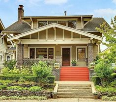 I have Craftsman envy! This charming bungalow in Seattle& Mt. Baker neighborhood was built in 1913 and the woodwork and built-ins are beautiful. Bungalow Exterior, Craftsman Exterior, Bungalow Homes, Craftsman Style Homes, Craftsman Bungalows, Craftsman Cottage, Cottage House, Cottages And Bungalows, Bungalows For Sale
