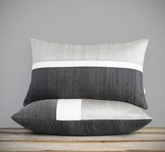 Items similar to Holiday Decor, Silk Horizon Line Pillow Cover in Silver, Cream and Charcoal by JillianReneDecor, Minimal, Monochromatic on Etsy Fall Home Decor, Autumn Home, Holiday Decor, Down Pillows, Bed Pillows, Linen Pillows, Bed Linens, Best Pillows For Sleeping, Luxury Gifts For Her