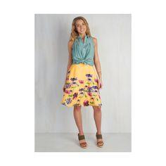 Mid-length Full Profound Pizzazz Skirt ($45) ❤ liked on Polyvore featuring skirts, apparel, bottoms, full skirt, yellow, flower print skirt, full a line skirt, yellow full skirt and floral print a-line skirt