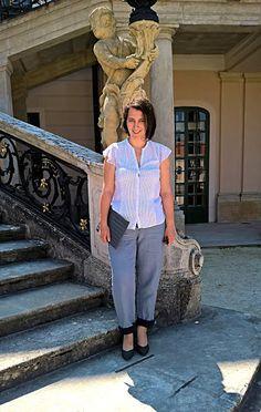 VGRV blog, dotted blouse, chiffon blouse, light blue pants, grey block heels, grey clutch
