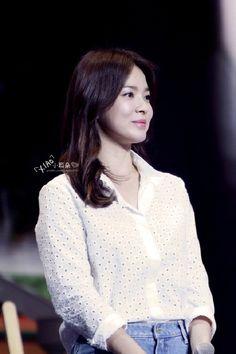 Song Hye Kyo, Drama Korea, Kdrama, Korean, Actresses, Songs, Couples, Outfit, Girls