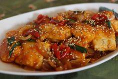 豆腐の甘辛煮(ガンジョン) by オンマ(相澤久美江) / お財布と口あたりに優しい1品。ヘルシーなおかずレシピ。つゆもれしないので大人のお弁当におススメ。 / Nadia