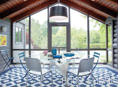 The ikat-style rug was made from weather resistant materials to withstand the elements at this year-round home | Photographer: Anastassios Mentis Designer: Brendan Winter-Schwartz