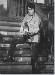 """""""I've had a pretty good lesson in human nature. It is important to try to surround yourself with people who can give you a little happiness, because you only pass through this life once, jack. You don't come back for an encore."""" - Elvis Presley <3"""
