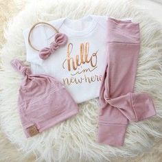 Hello I'm New Here Rose Gold & Mauve Outfit