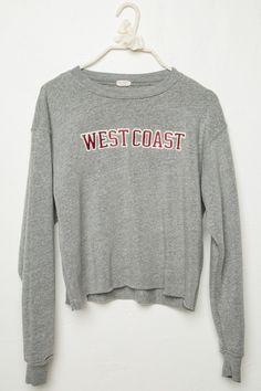 nike sweatshirts zip up