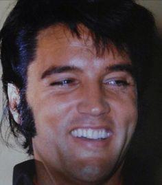 Elvis at the Las Vegas international press conference 1969