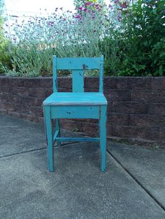 Primitive Style Distressed Chair at Ancient of by ancientofdaze, $58.00