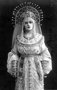 Russian soprano singer Evgenia Bronskaya as Lyudmila in Mikhail Glinka's opera 'Ruslan and Lyudmila', Russian stage costume Russian Folk, Russian Art, Russian Culture, Russian Beauty, Russian Fashion, Vintage Photos Women, Vintage Photographs, Beautiful Costumes, Beautiful Outfits
