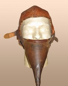 Canadian ,WW1 flying corps flight helmet,unusual design,encorporating goscort tubes and this example retaining original rare Gosport tune. RARE