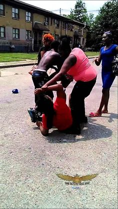 hood females fighting royal seal ent fights pinterest lil