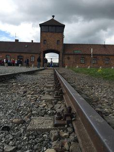 Entrada campo de concentração Auschwitz - Birkenau