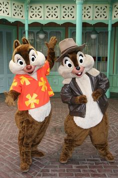 I wish I could see Chip N Dale Rescue Rangers at the parks again like when I was 4 :)